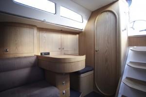 Finnflyer 42 Scandinavian Yachts - full service